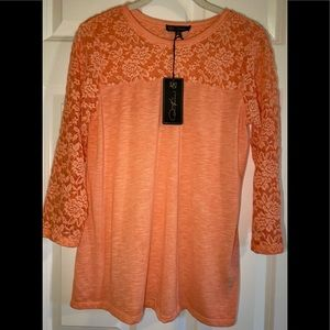NWT DG2 long sleeve tee with lace.